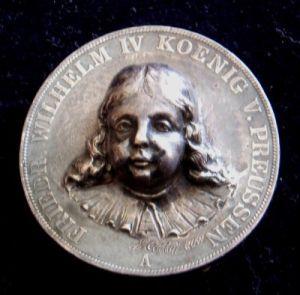 Cettel: Umělecká plastika vytvořená z pruského tolaru Fr. Wilhelma IV.