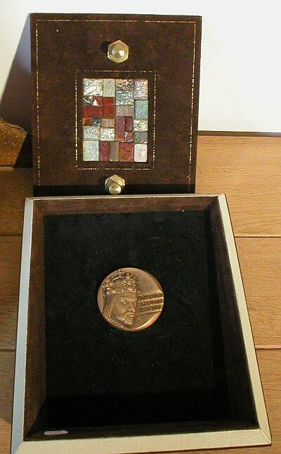 Medaile Karlovy univerzity