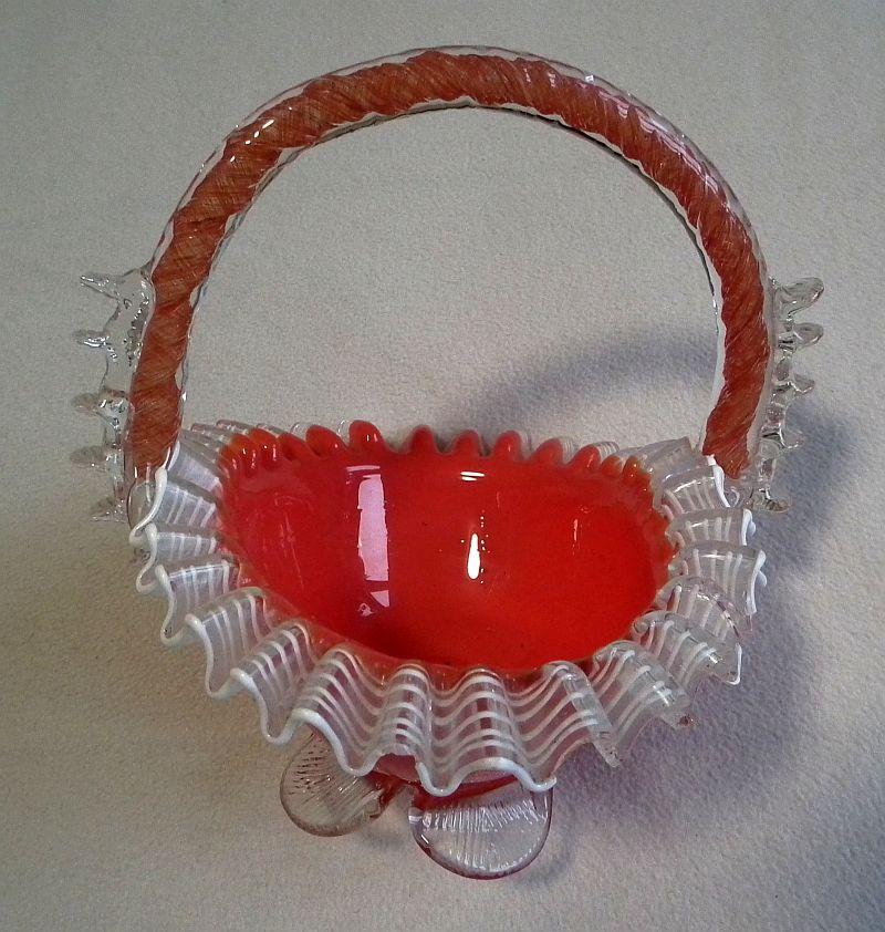 Skleněný košík